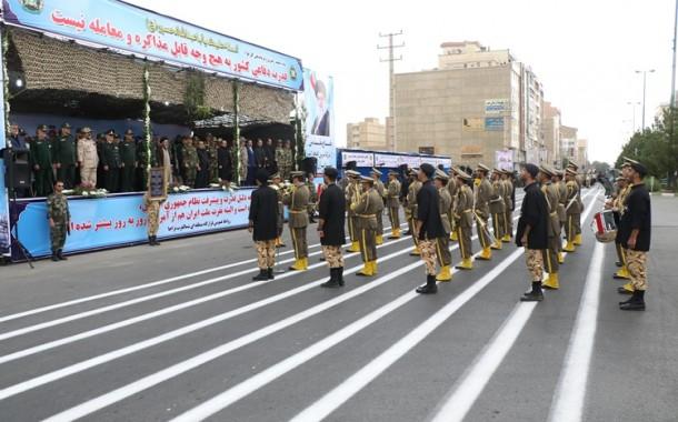 گزارش تصویری مراسم رژه نیروهای مسلح  در ارومیه