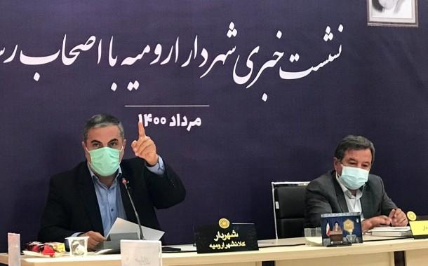 نشست خبری پرچالش مجید آقازاده شهردار ارومیه + تصاویر