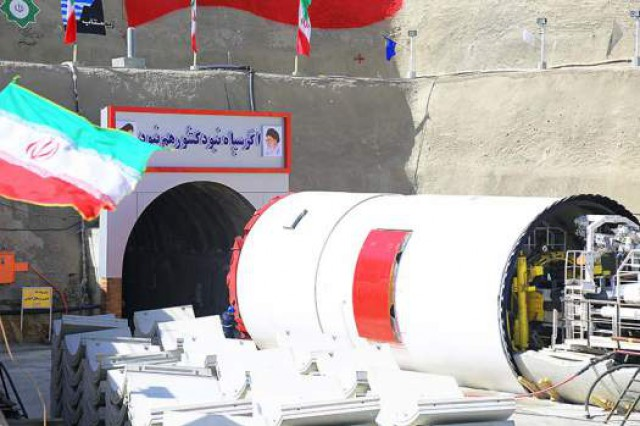افتتاح تونل انتقال آب زاب به دریاچه ارومیه تا پایان سال جاری