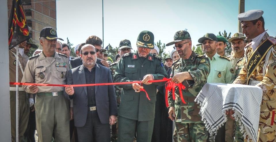 افتتاح نمایشگاه هفته دفاع مقدس در ارومیه+ تصاویر
