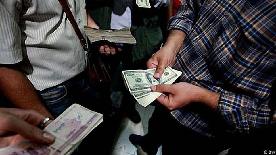 مسببین بی ارزش کردن پولمان چه کسانی هستند؟
