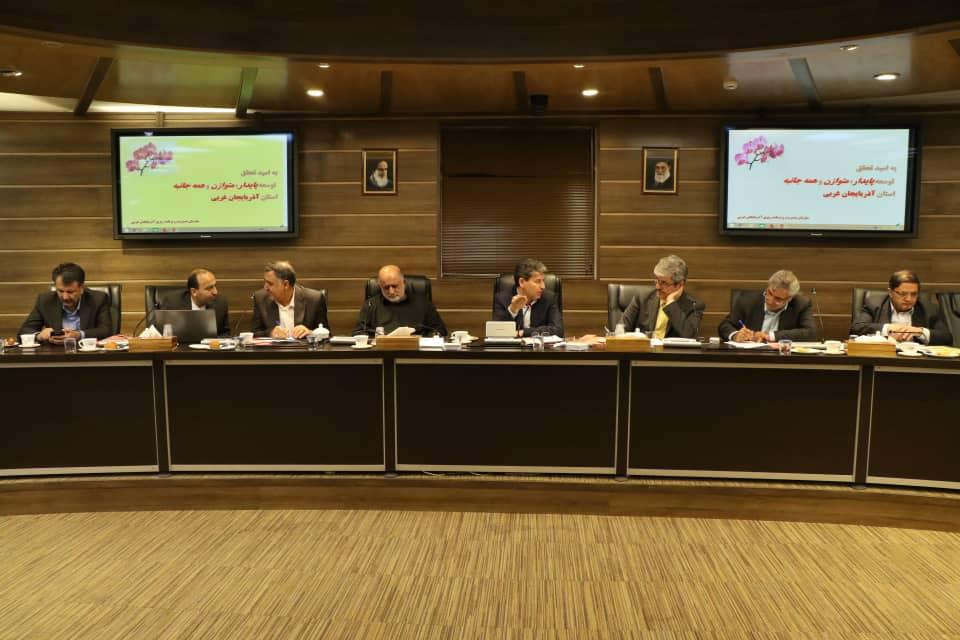 درخواست های استاندار آذربایجان غربی از اعضای کمیسیون برنامه و بودجه خانه ملت