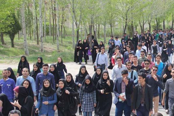 تاکید امام جمعه ارومیه بر مبانی فرهنگی در مسئله افزایش جمعیت