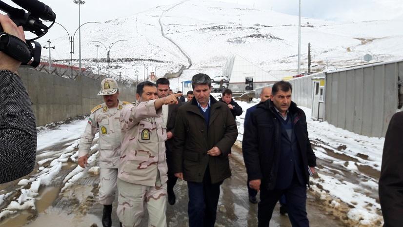 وعده استاندار آذربایجان غربی در خصوص حل مشکلات مرز تمرچین پیرانشهر