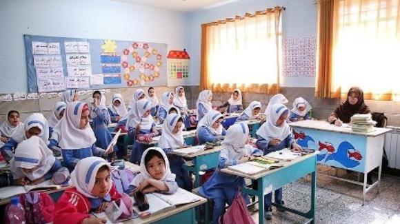 امضای تفاهم نامه مشترک «مدارس مروج سلامت» در مهاباد