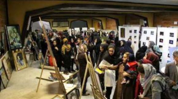 برگزاری دومین دوره نمایشگاه عکس منطقه ایی «وینا» در مهاباد