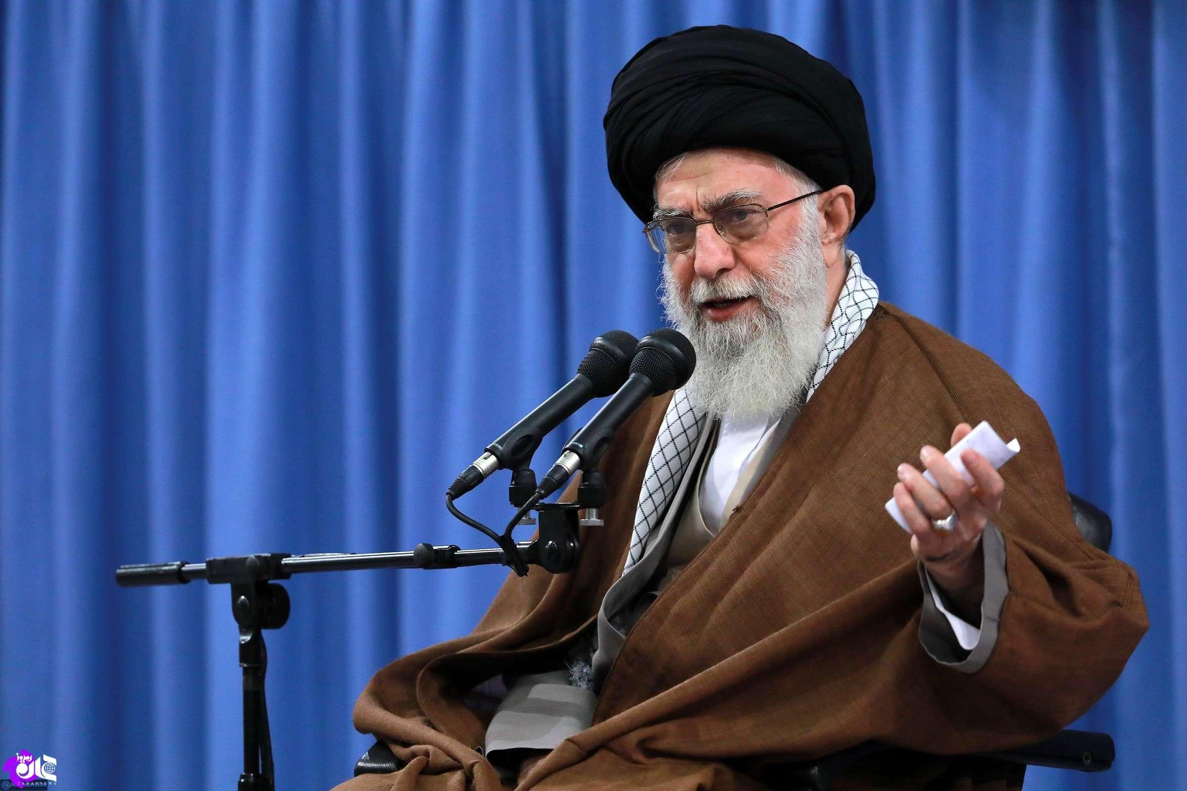 رهبر معظم انقلاب در بیانیه «گام دوم انقلاب»:  تسلیم در برابر دشمن برای حل مشکلات اقتصادی، خطایی نابخشودنی است