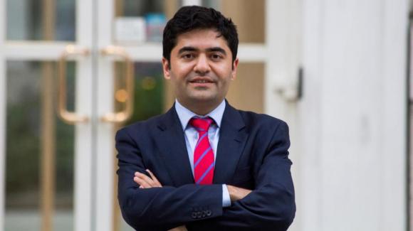 انتخاب یک کارآفرین کُرد به عنوان شهردار منطقه لمبث لندن