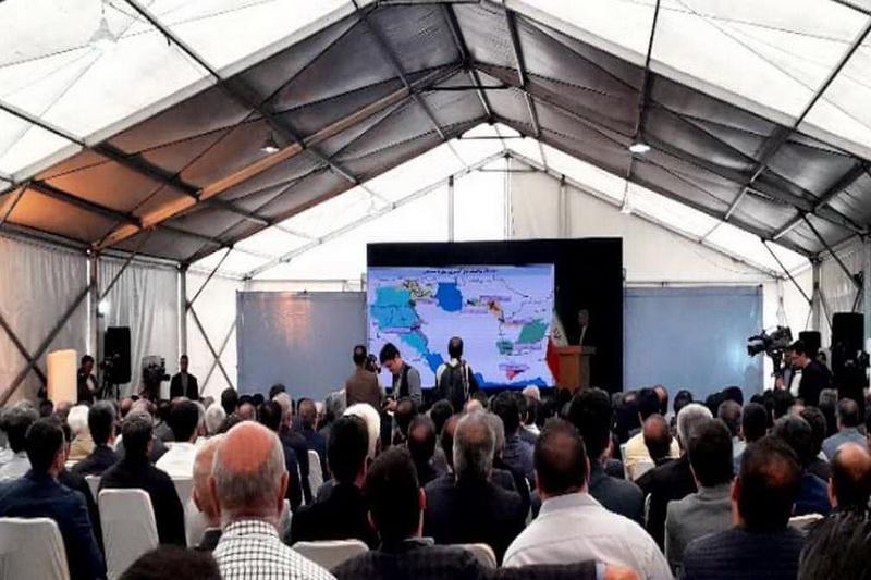 وزیر نیرو : استانهای مرزی باید به ویترین آبادانی کشور تبدیل شوند
