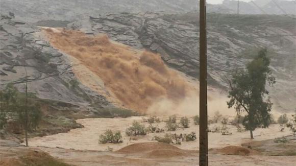 صدور دستور ایمن سازی رودخانه ها و شناسایی نقاط پر خطر سیلابی آذربایجان غربی