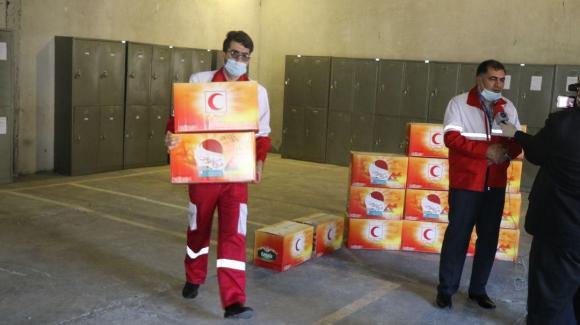 ارسال اقلام بهداشتی هلال احمر آذربایجان غربی به مناطق محروم خراسان جنوبی