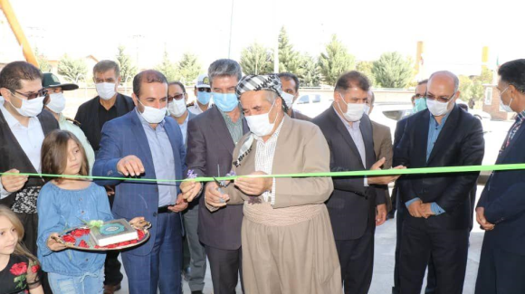 افتتاح و کلنگ زنی ۴ پروژه عمرانی و تولیدی با حضور استاندار در پیرانشهر