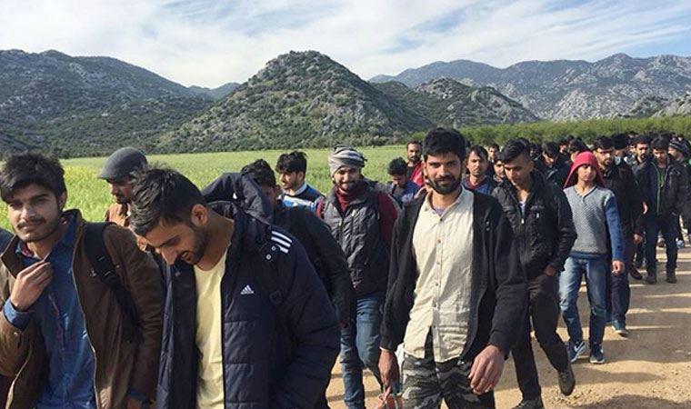 اتحادیه اروپا باز هم به ترکیه پول می دهد، این بار برای مهاجران افغانستانی